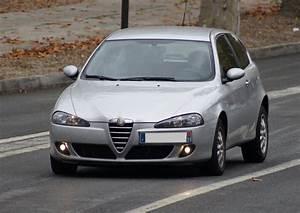 Avis Alfa Romeo 147 : dtails des moteurs alfa romeo 147 2005 consommation et avis 1 6 120 ch 1 6 105 ch 1 6 120 ch ~ Medecine-chirurgie-esthetiques.com Avis de Voitures