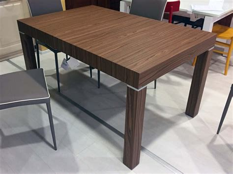 tavoli rettangolari allungabili riflessi tavolo club rettangolari allungabili legno