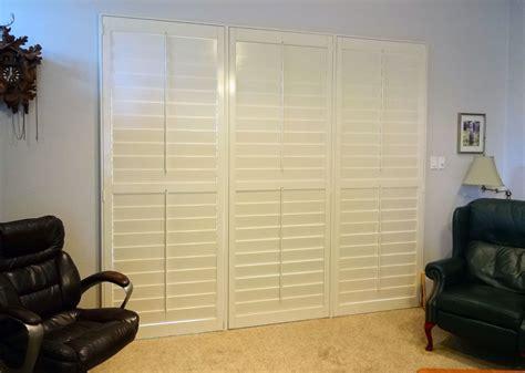 Sliding Doors That Look Like Doors by Shutters On A Sliding Glass Door Make It Look Like A