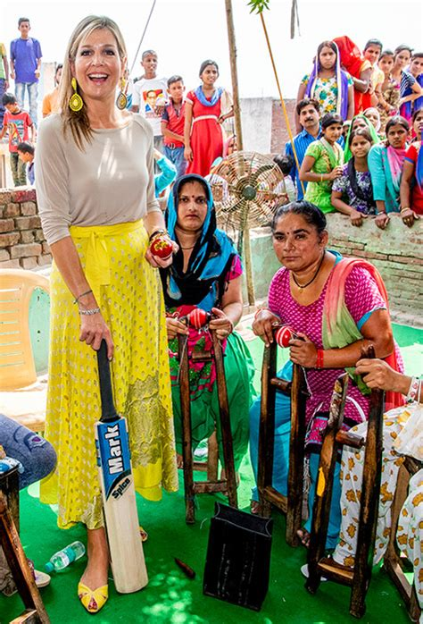 See Queen Maxima Stylish Outfits She Tours India
