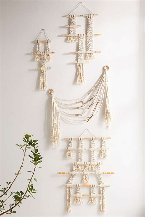 Wall Hangings With Modern Style. Contemporary Wall Art For Living Room. Middle Eastern Style Living Room Furniture. Living Rooms In Grey. Living Room Design Ideas 2016. 3 Piece Living Room Couch Set. Light Colors For Living Room And Kitchen. Living Room Furniture Leather Sets. Glass Accent Tables Living Room