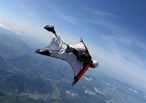 Wingsuit fatality above Chamonix - An american lost his life