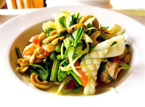 cuisine thaï food and alternative medicine