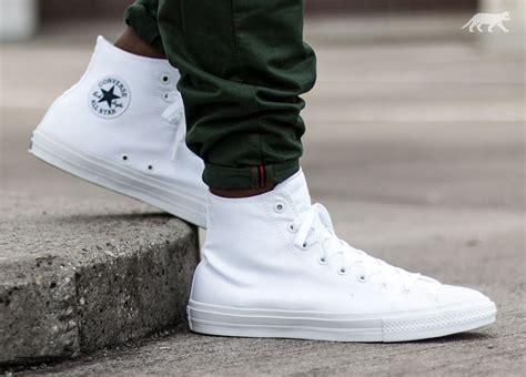 Converse Chuck Taylor All Star II Hi (White  White Navy