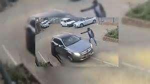 Fearless Mercedes-benz Driver Thwarts Scumbag Carjackers
