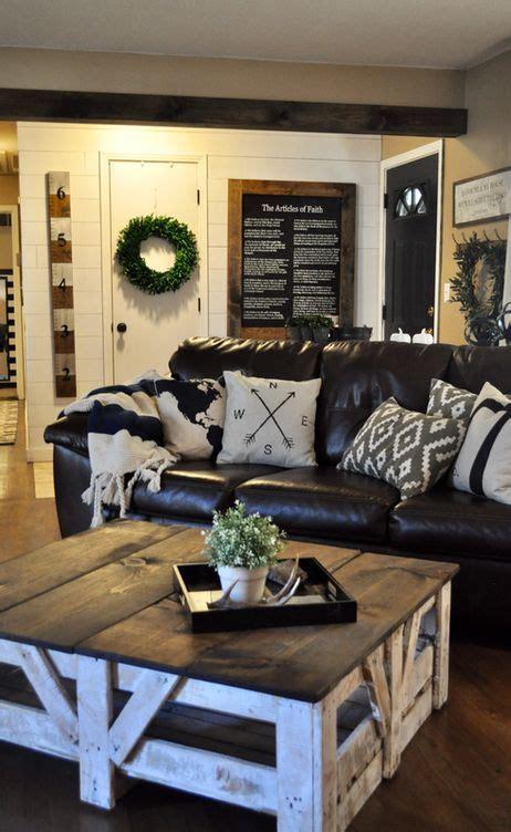 simple coffee table living room remodel