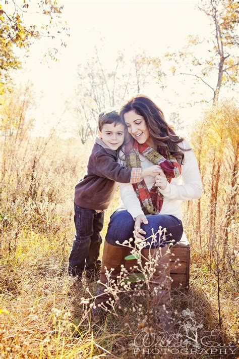 mom  son family mother son photography mother son