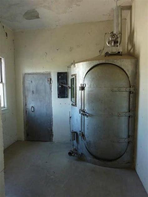 les chambre a gaz prisons abandonnées 3ème et dernière partie à découvrir