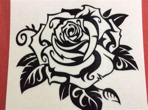 Tatuagem Temporária Fake Rosa Preto E Branco R$ 8 99 em