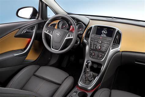 siege gt turbo opel astra sport sedan specs 2012 2013 2014 2015