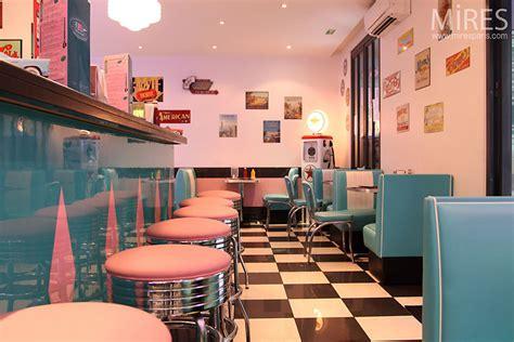 vintage bar  mires paris