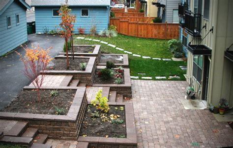 Little Black Journal » Blog Archive » Backyard Before And