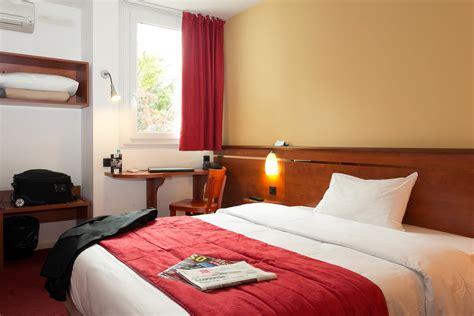 chambre hotel bordeaux les chambres de l 39 hôtel soretel à bordeaux mérignac aéroport