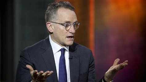 Howard Marks says that the cryptocurrencies 'aren't real'