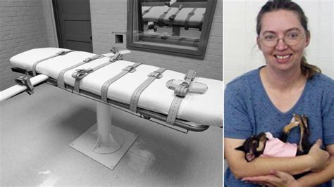 Lisa Montgomery becomes first woman to be executed in the ...