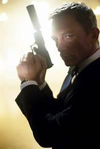James Bond Skyfall : james bond 23 officially titled skyfall new details revealed collider ~ Medecine-chirurgie-esthetiques.com Avis de Voitures