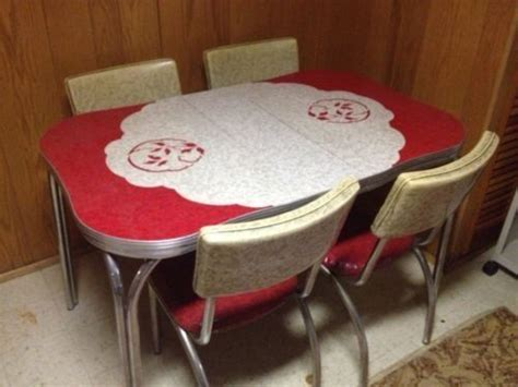 Vintage 1950s Formica & Chrome Kitchen Table & Chairs