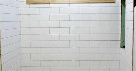 subway tile    standard size  grout