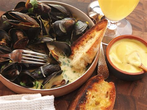 recipe for mussel pot the best moules marini 232 res sailor style mussels recipe serious eats