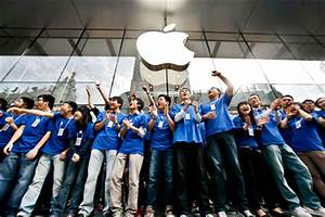 Apple Inc opens its biggest store in Asia - People's Daily ...