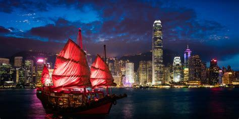 kunjungi  destinasi wisata  ikonik  hong kong