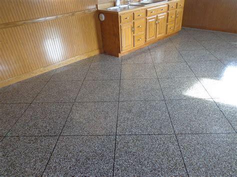 Epoxy Flake Tile Flooring   Dayton OH   www.supremecrete