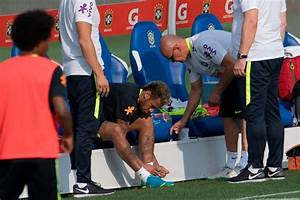 Sport Intelligence | Paulinho Inflicts Injury On Neymar ...