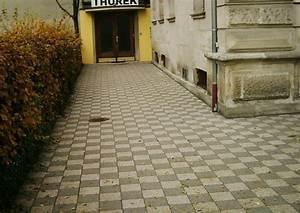 Pflastersteine Muster Bilder : plattenbelag schachbrettmuster musivisches pflaster ~ Frokenaadalensverden.com Haus und Dekorationen