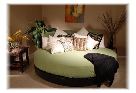 bedroom circle bed ideas  inspiration  bedroom