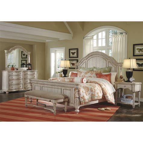 Belmar II Whitewash Finish Panel Queen Bed