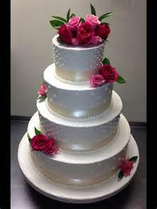 buttercream wedding cakes pin beautiful buttercream wedding cake with turquoise butterflies and cake on