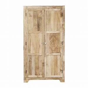 Armoire En Solde : armoire ethnique en bois clair puro kare design ~ Teatrodelosmanantiales.com Idées de Décoration