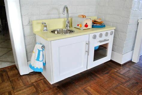 10 Diy Play Kitchen Ideas