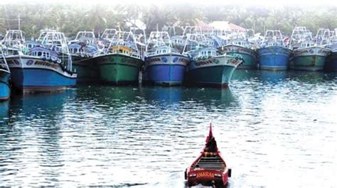 Kerala Fishing Boat Operators Association by Kerala Boat Crew Owners Begin Indefinite Protest