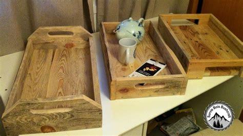 fabrication d un bureau en bois fabrication d 39 un plateau en bois de palettes projet en