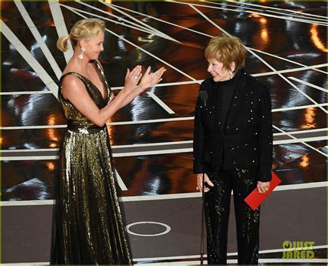 Shirley Maclaine Gets Standing Ovation Oscars