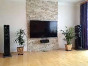 echte steinwand wohnzimmer dekoideen wohnzimmer exotische stile und tolle deko ideen im wohnzimmer