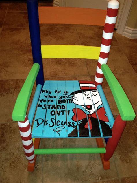 repeindre chaise en bois repeindre des chaises en bois é et conseils pratiques