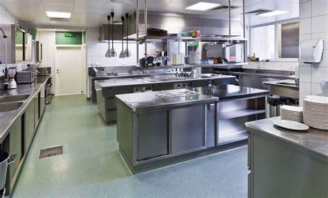 Progettazione Della Vostra Cucina Industriale In Acciaio