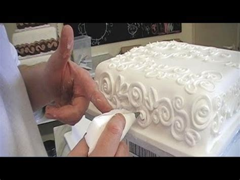 cake decorating royal icing piping techniques