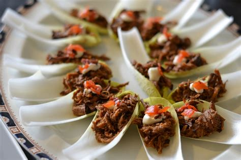 cuisine canapé pulled beef canapé with fukujinzuke recipe great