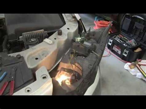 change  headlight bulb connector   pontiac