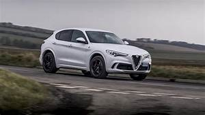 Alfa Romeo Stelvio Versions : alfa romeo stelvio quadrifoglio 2018 review a mixed bag car magazine ~ Medecine-chirurgie-esthetiques.com Avis de Voitures