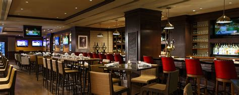 downtown dc restaurants bars renaissance washington
