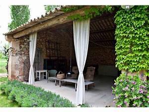 Il giardino di Fasti Floreali: Un Casale in Stile Provenzale