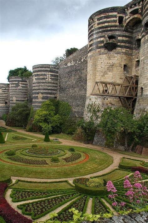 bureau vall angers 1070 best images about castles on 12th century
