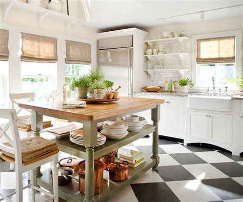 island in small kitchen manorstyle se 4822