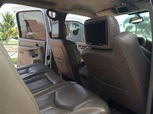 Make  Gmc Model  Sierra Year  2006 Exterior Color  White