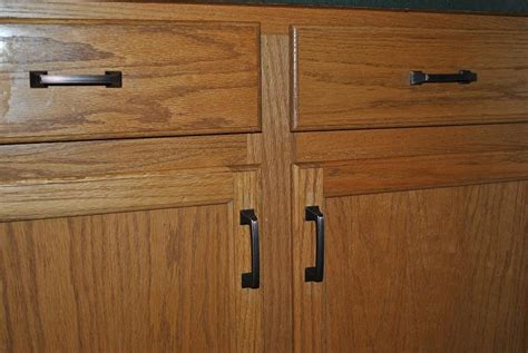 pulls for oak cabinets knobs for oak kitchen cabinets kitchen