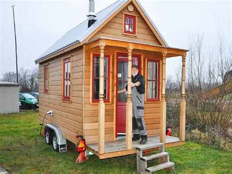 tiny haus deutschland tiny house die gro 223 e idee vom kleinen haus auf r 228 dern staufen badische zeitung